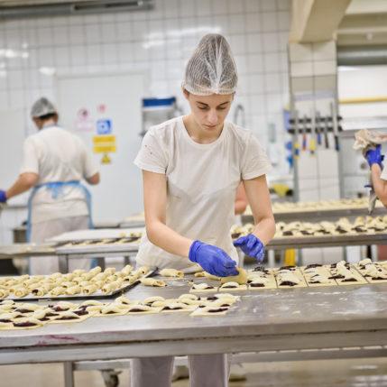 Siekiant paskatinti ekonomiškai neaktyvius jaunuolius – papildomos praktikos vietos