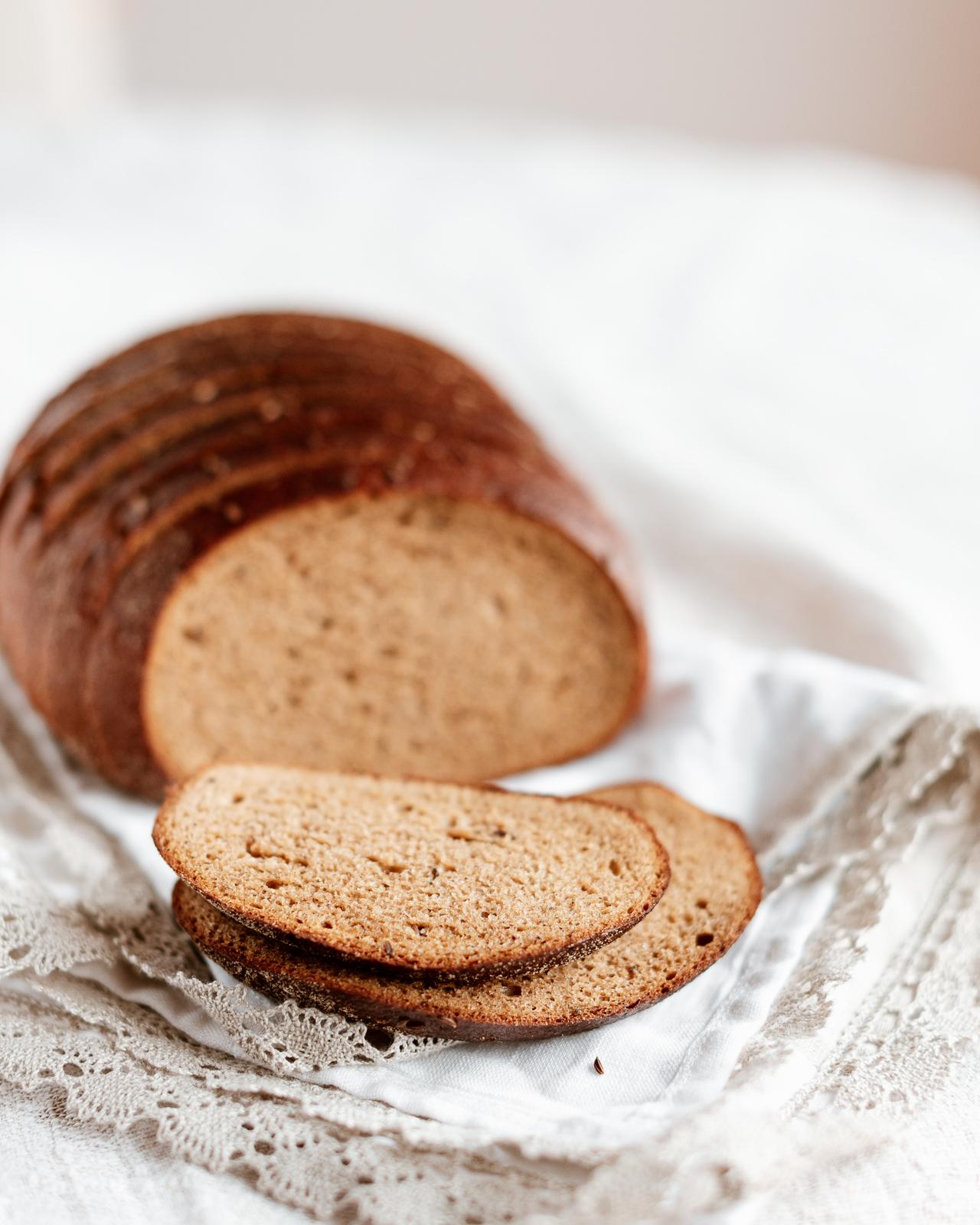 Šeimininkės plikyta duona