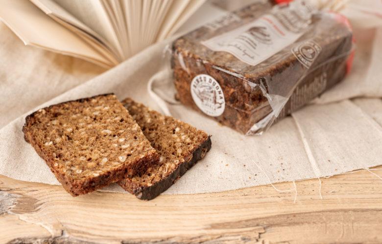 Naminė duona su grūdais