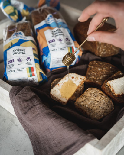Be gliuteno avižinė duona