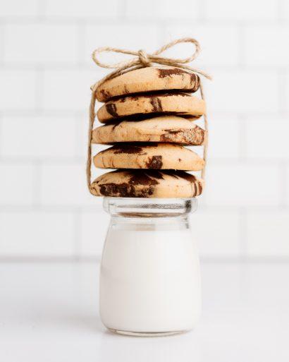 Be gliuteno sausainiai su sviestu ir kakava