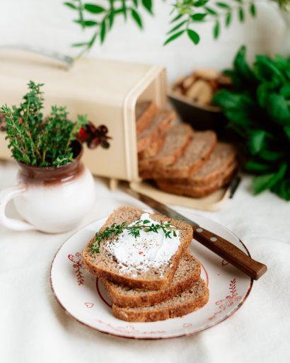 Skaidulinė sumuštinių duona