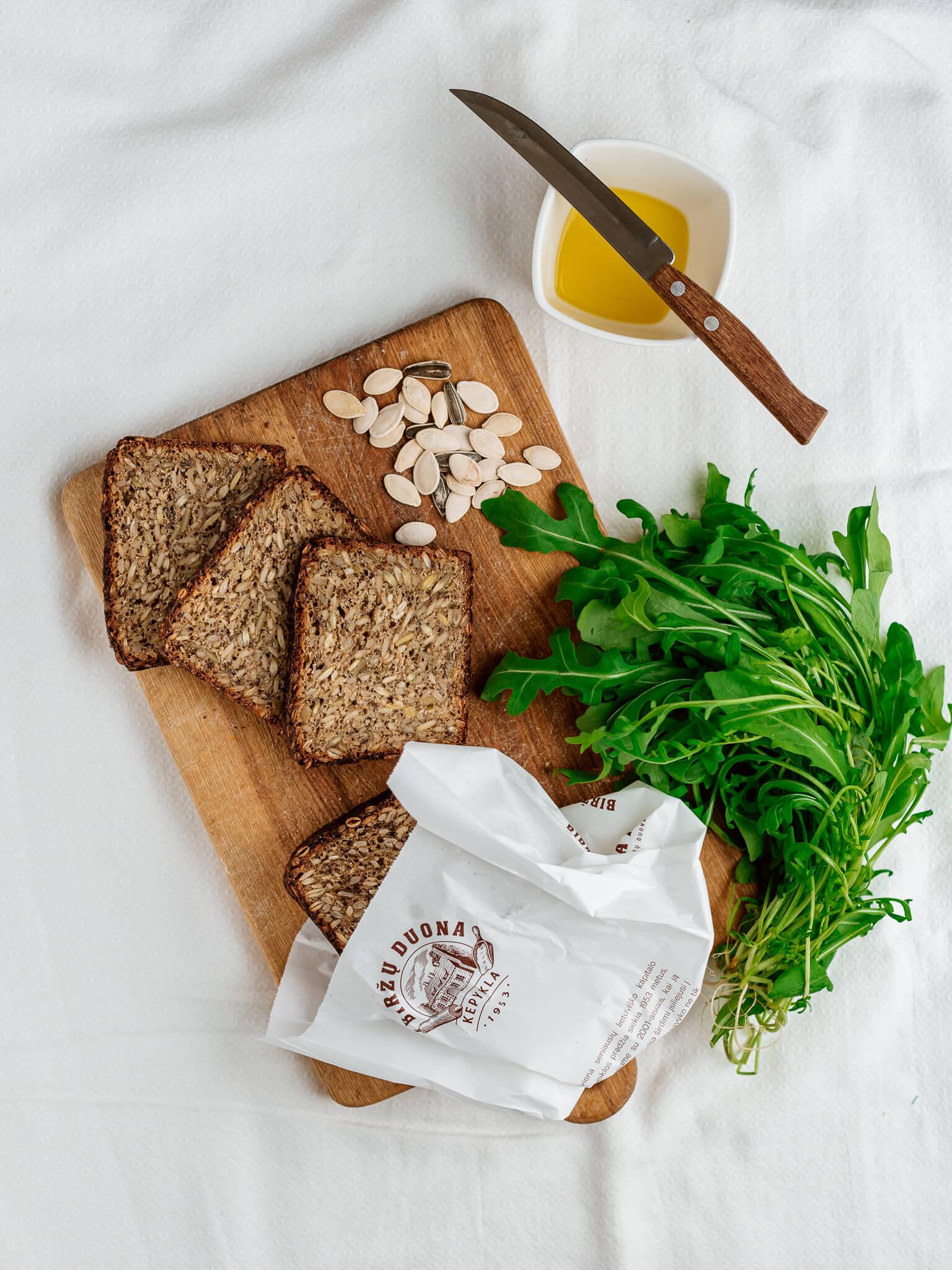 Skaidulinė sėklų duona