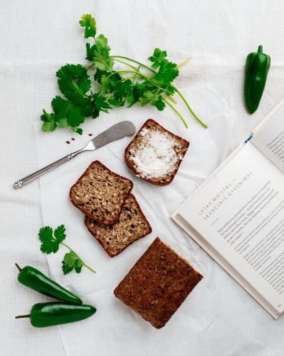 """""""KETO lengvai"""" duona su sėklomis"""